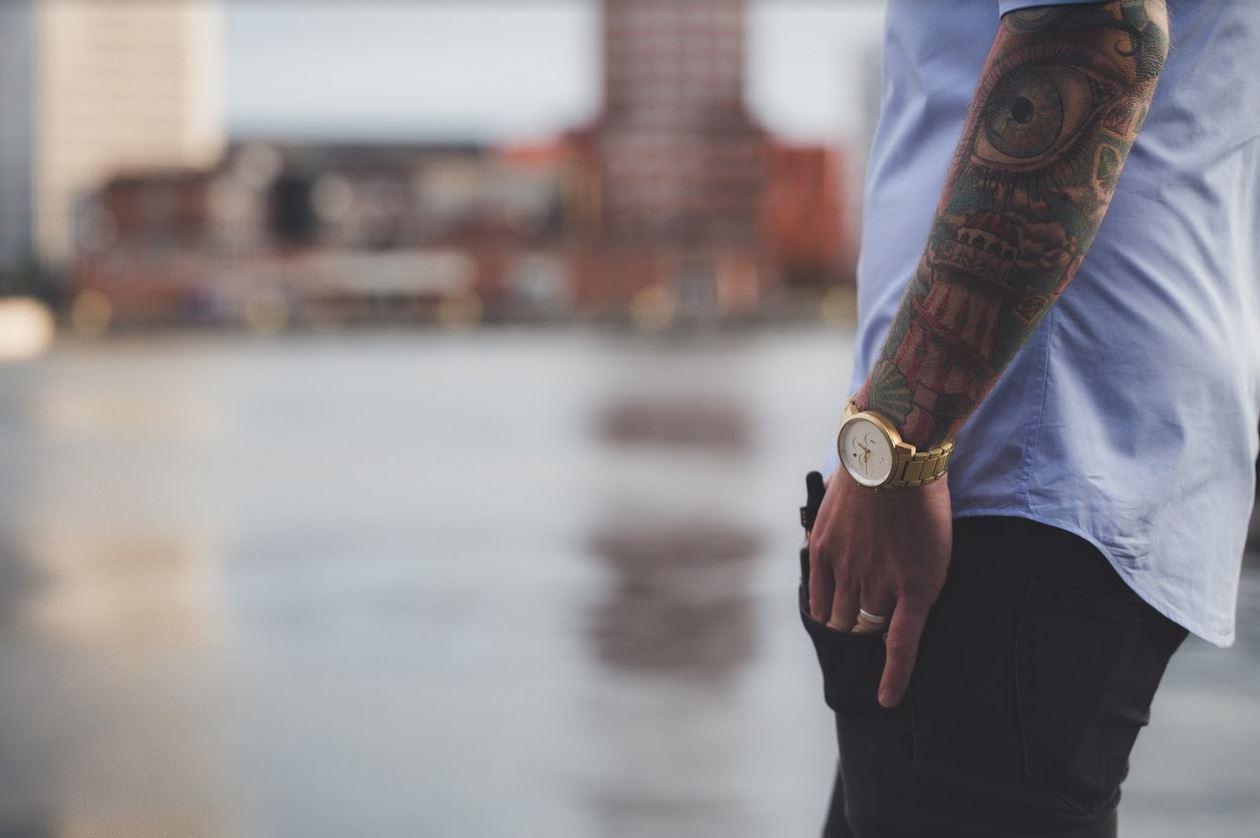 Jak założyć studio tatuażu?